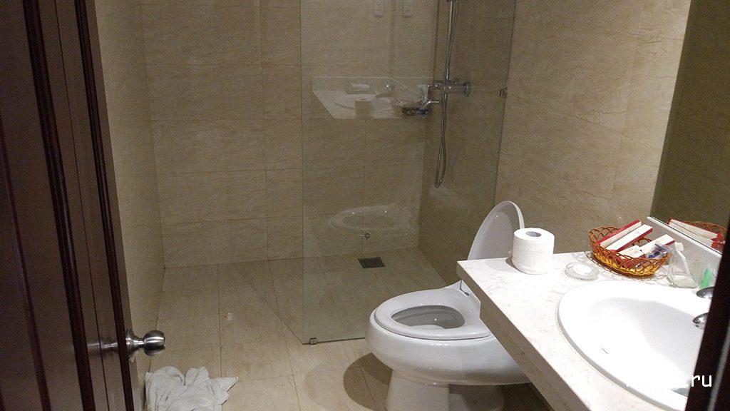 туалет в отеле