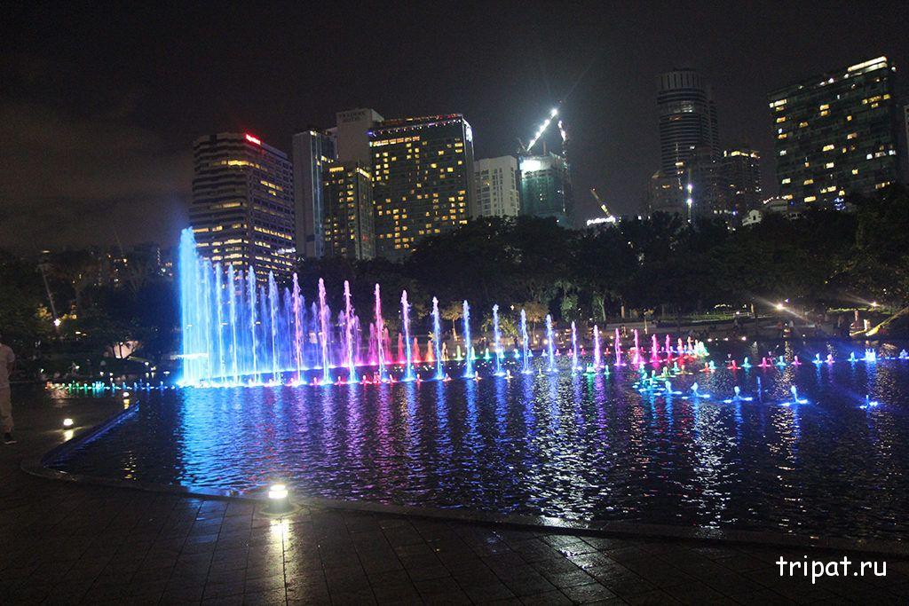 поющие фонтаны в парке