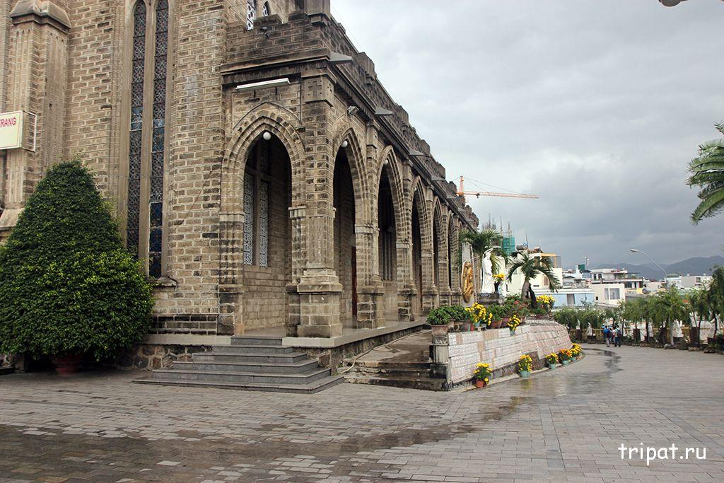 Территория собора