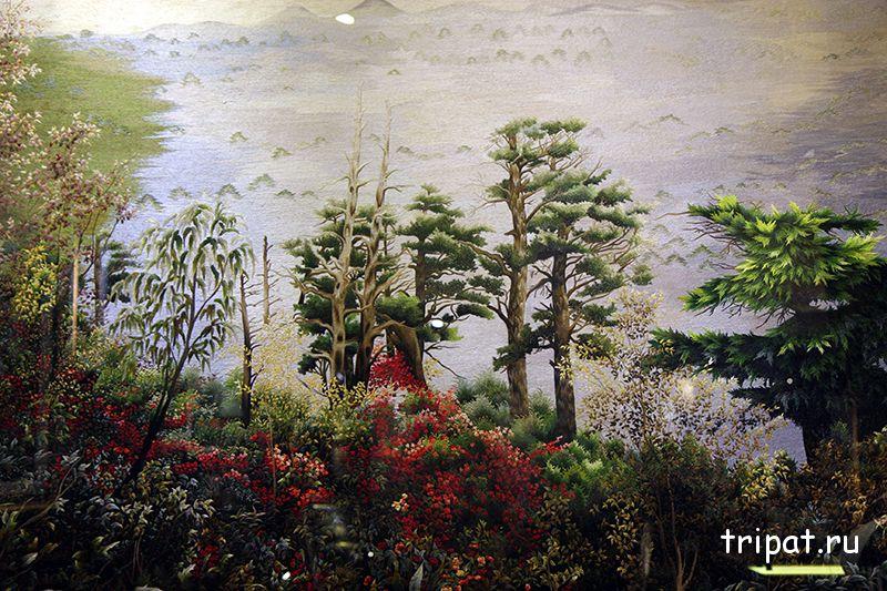 лес на картине