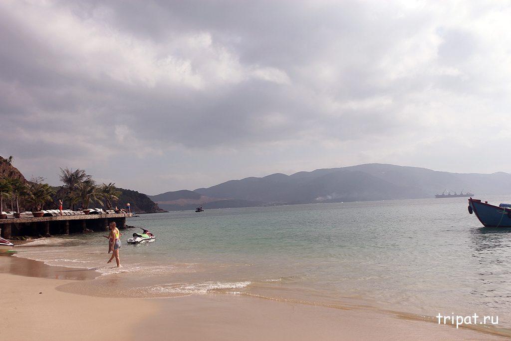 Мини пляж на острове Чи Нгуен