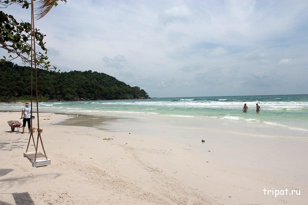 Качелька на пляже