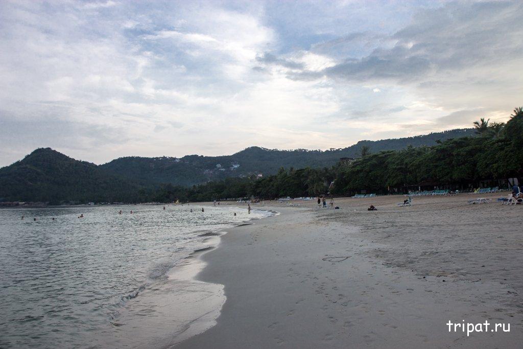 Красивый пляж вечером