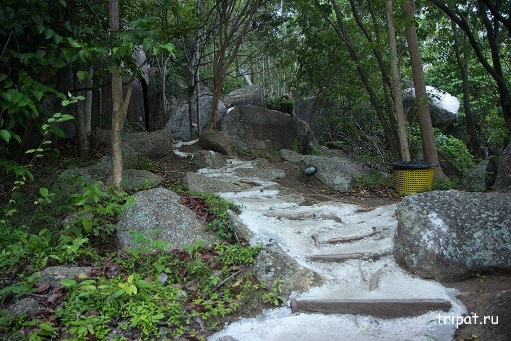 Ступени наверх на view point lamai